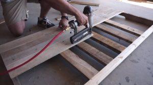 pallet slats on headboard